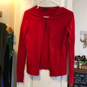 Red soft cropped cardigan